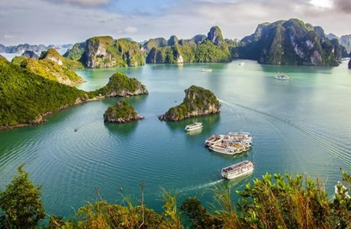 南宁 ,友谊关,越南河内,下龙湾,天堂岛,月亮湖,迷宫仙境4日游
